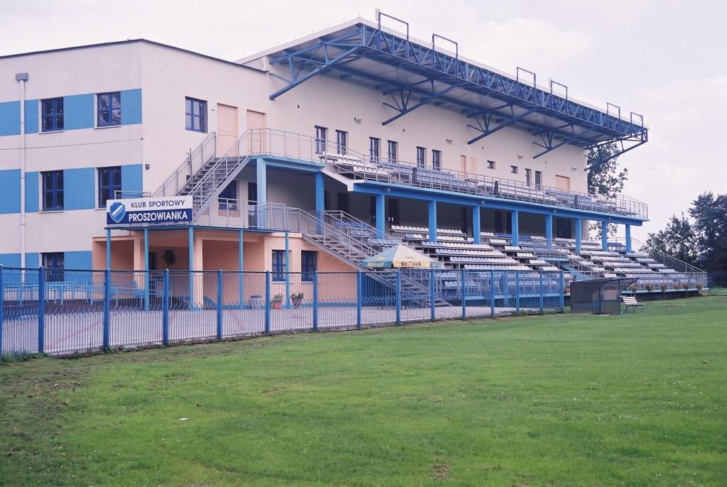 Obiekt-sportowo-rehabilitacyjny-w-Proszowicach